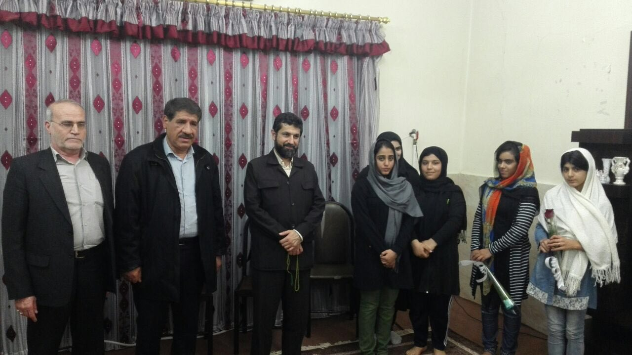 حضور استاندار خوزستان در جمع کودکان و نوجوانان بی سرپرست
